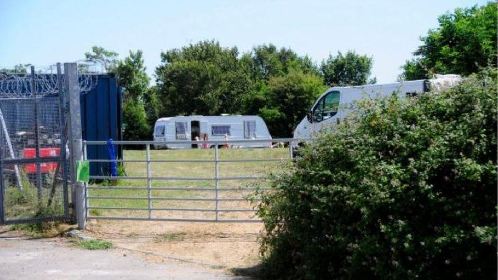 Travellers at Piddlehinton