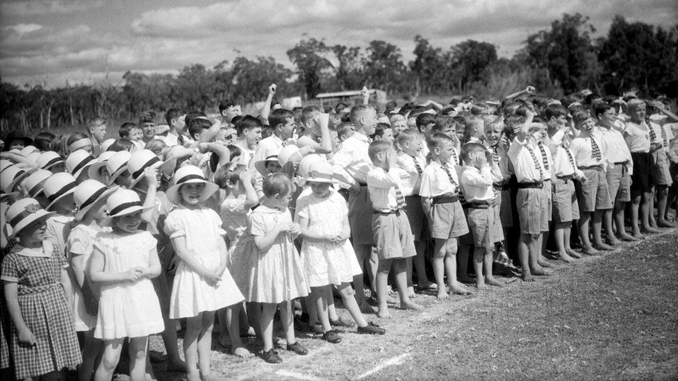 Children at Pinjarra hear a speech by the Duke of Gloucester