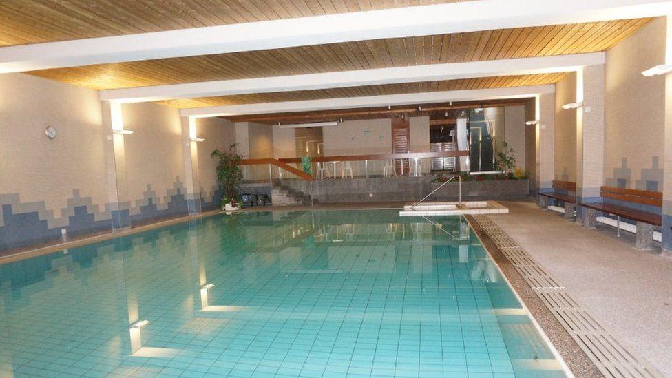 Hotel pool (Apartmenthaus Paradies website)