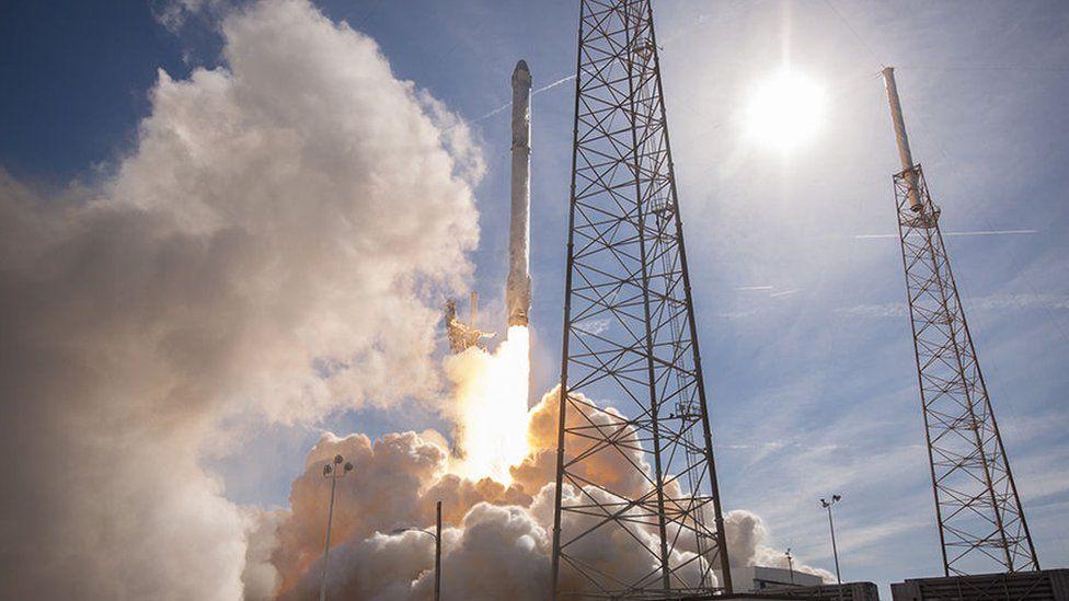 SpaceX Dragon Capsule test flight