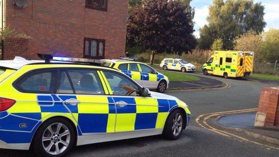 Police and ambulance at Bridge Street, Shotton