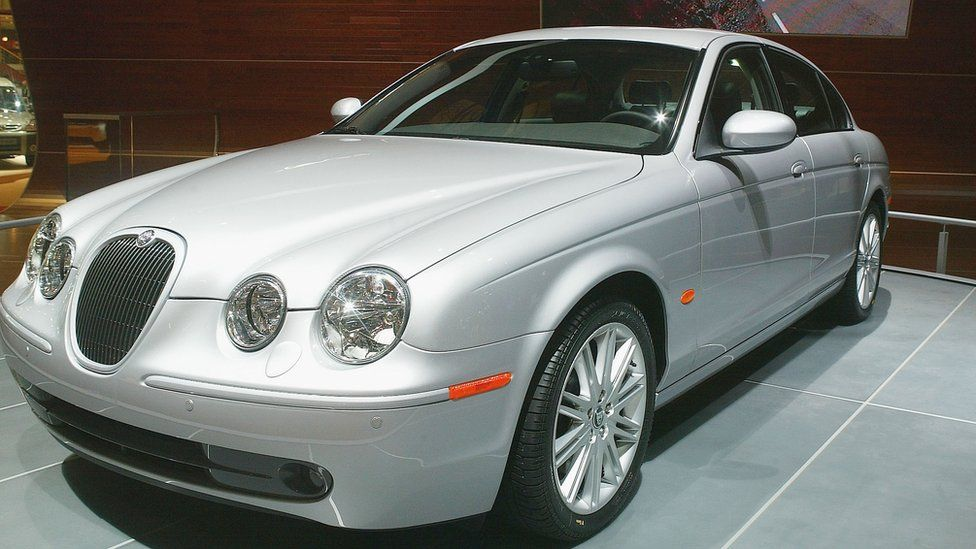Jaguar S-Type at 2004 Geneva Motor Show