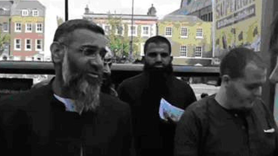 Lewis Ludlow (right) and Anjem Choudary