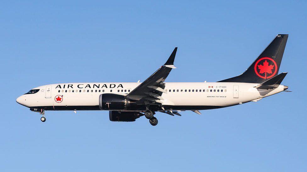 Air Canada Boeing 737