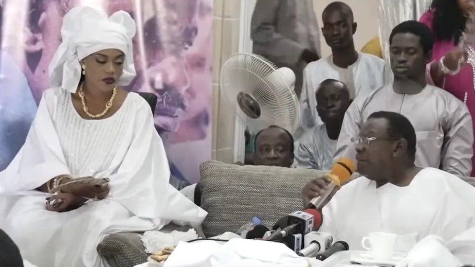 Aida Diallo, 'femme guide religieux', crée la controverse au Sénégal