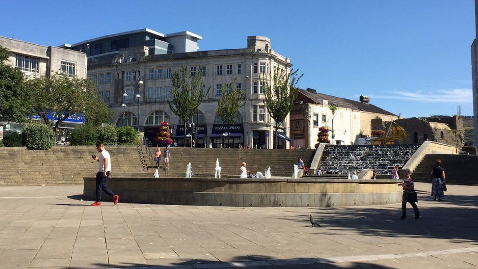 """Castle Square is seen as """"tired"""" by councillors"""