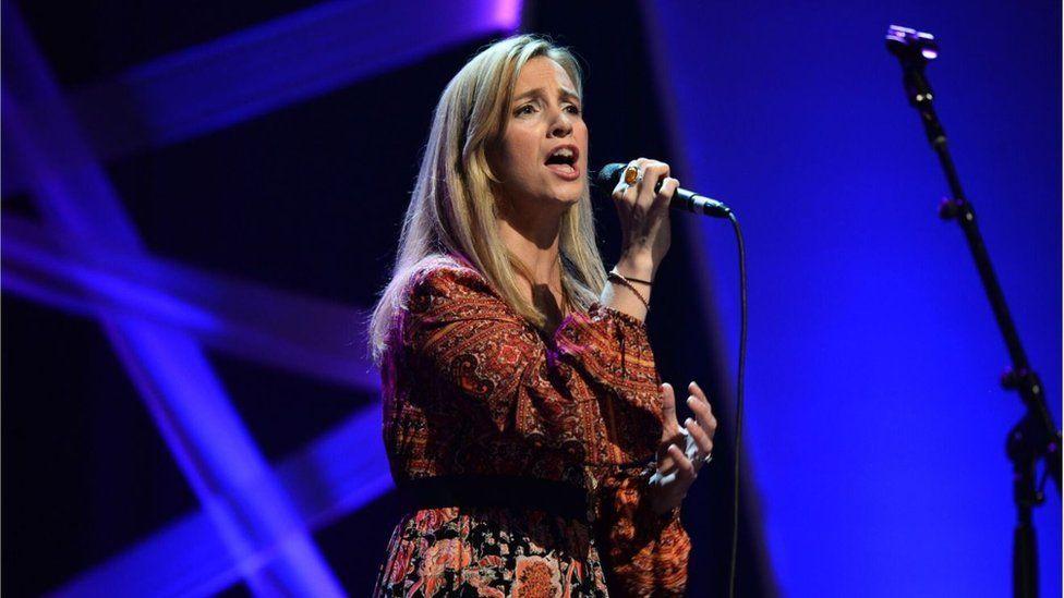 Cara Dillon performed with Sam Lakeman and John Smith