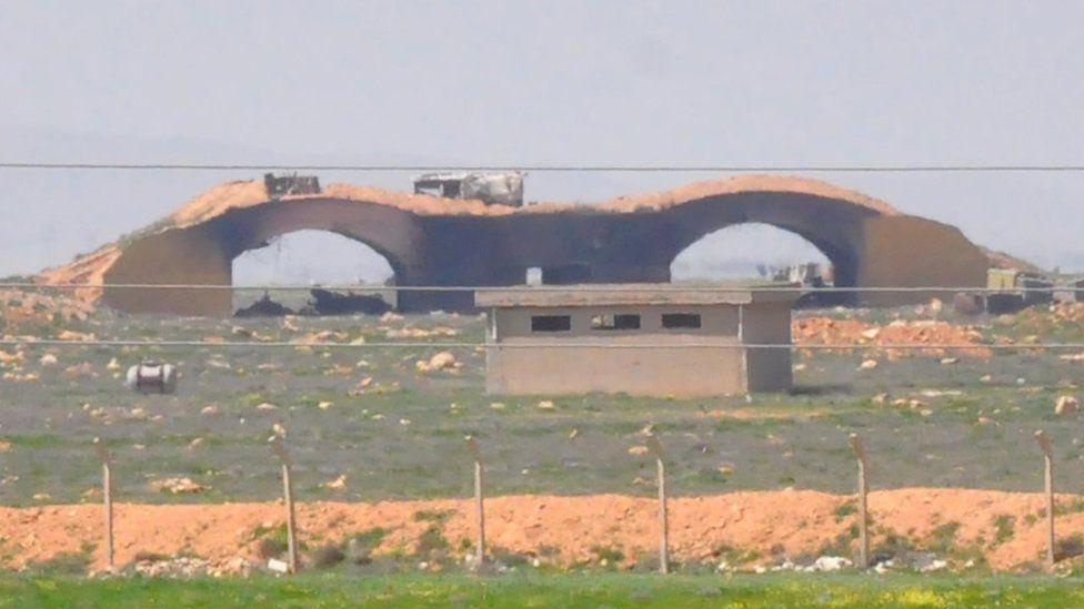 Damaged aircraft hangar at Shayrat airbase (7 April 2017)