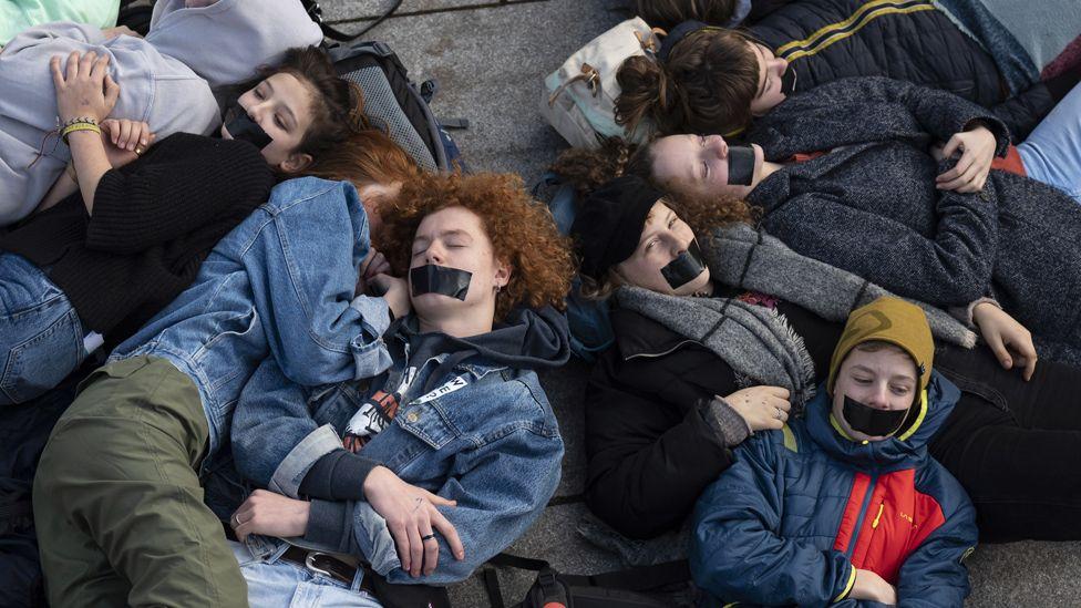 Extinction Rebellion protesters outside Siemens HQ in Munich, 10 Jan 20