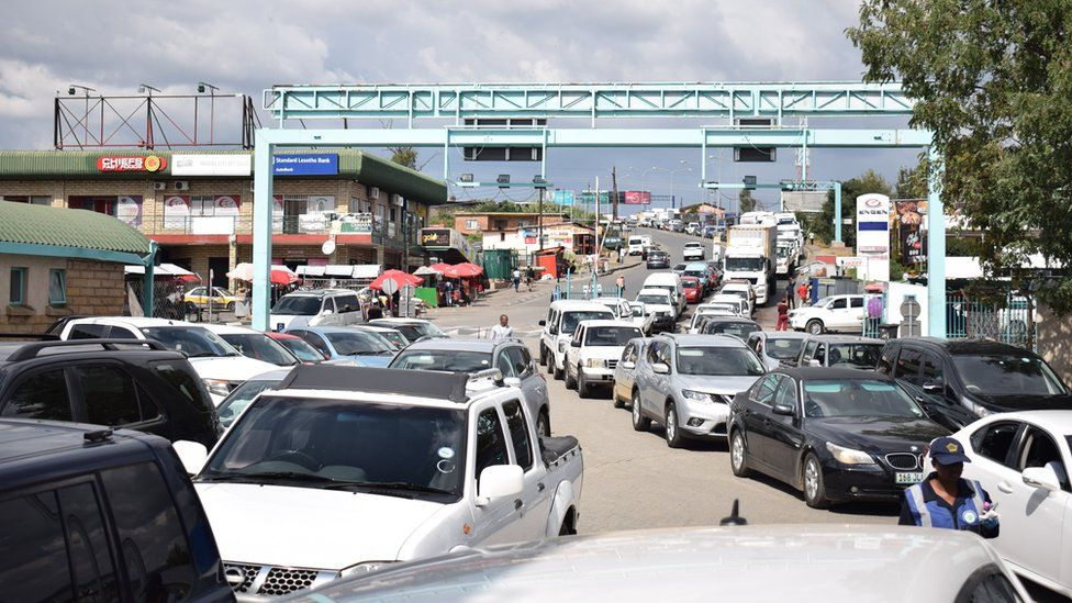 Vehicles at a border crossing between South Africa and Lesotho. File photo