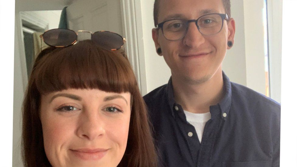 A picture of Chloe Arnold and her housemate DJ Branch who are looking to rent a house in Bristol