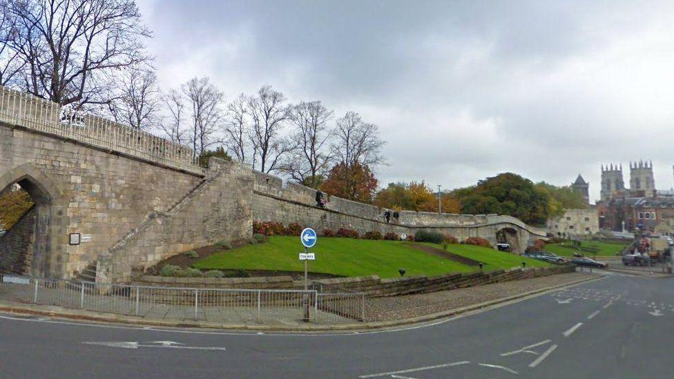 Station Rise, York