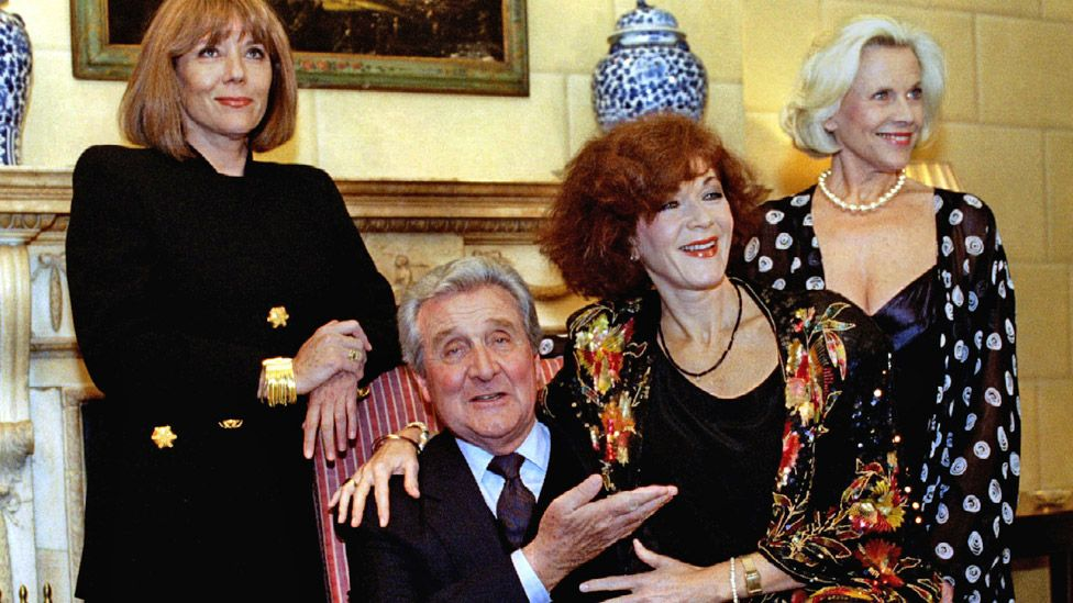 Dame Diana (left) with Macnee, her successor Linda Thorson and predecessor Honor Blackman (right) in 1993