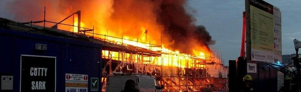 Cutty Sark is ablaze in London. Photo: May 2007