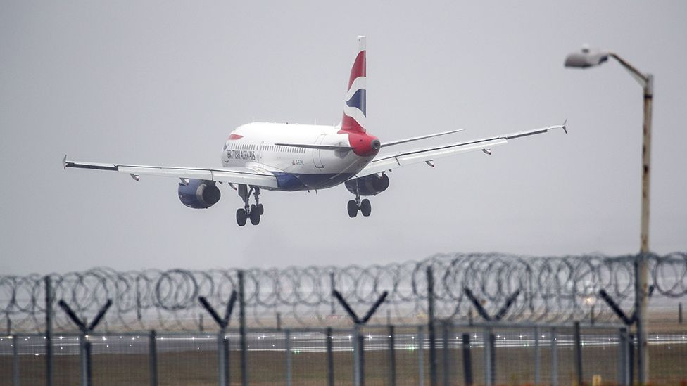 British airways plane landing at Heathrow, 2020