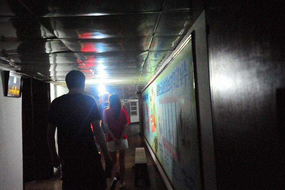 El corredor del quinto piso