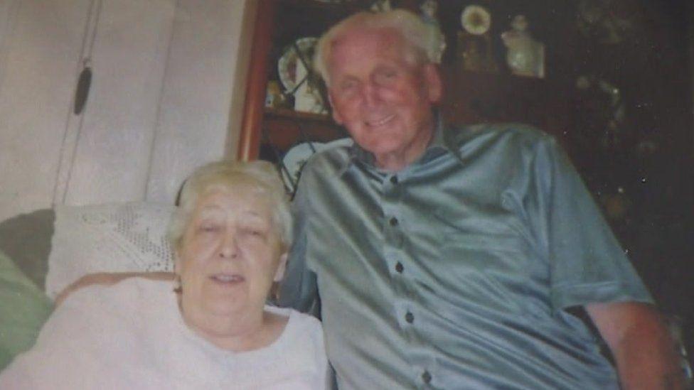 Alan Walker and his wife, Irene