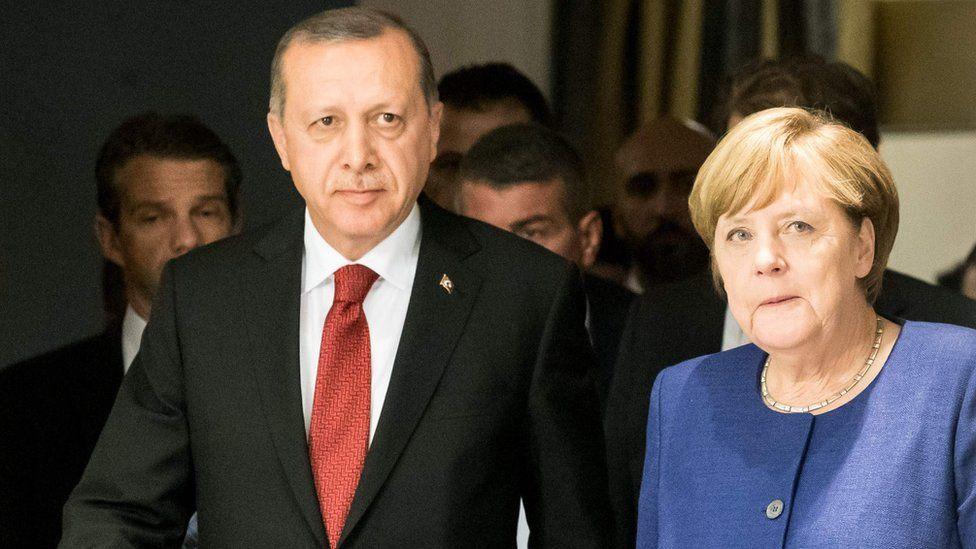Chancellor Angela Merkel meets Turkey's President Recep Tayyip Erdogan at G20, 6 July 17