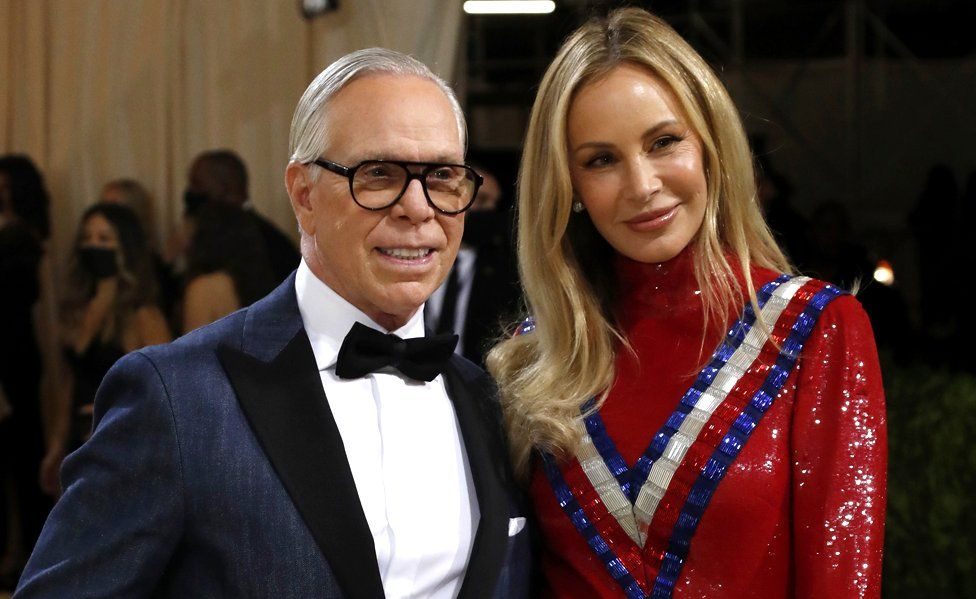 Tommy Hilfiger and his wife De Oklebo.