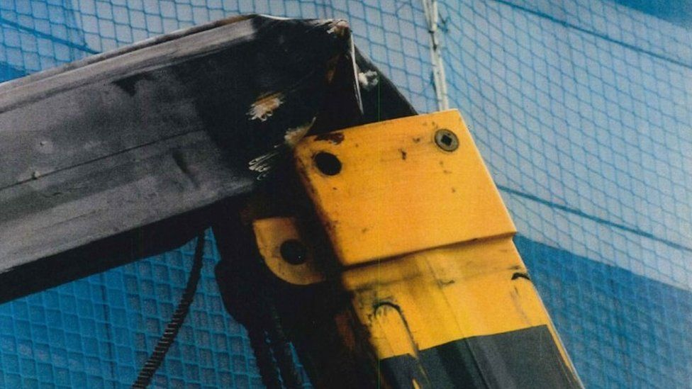 Crane collapse at Port Dundas