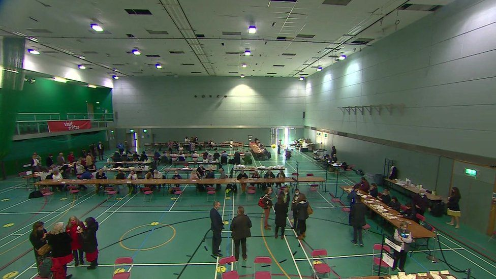 Vote counting in Exeter