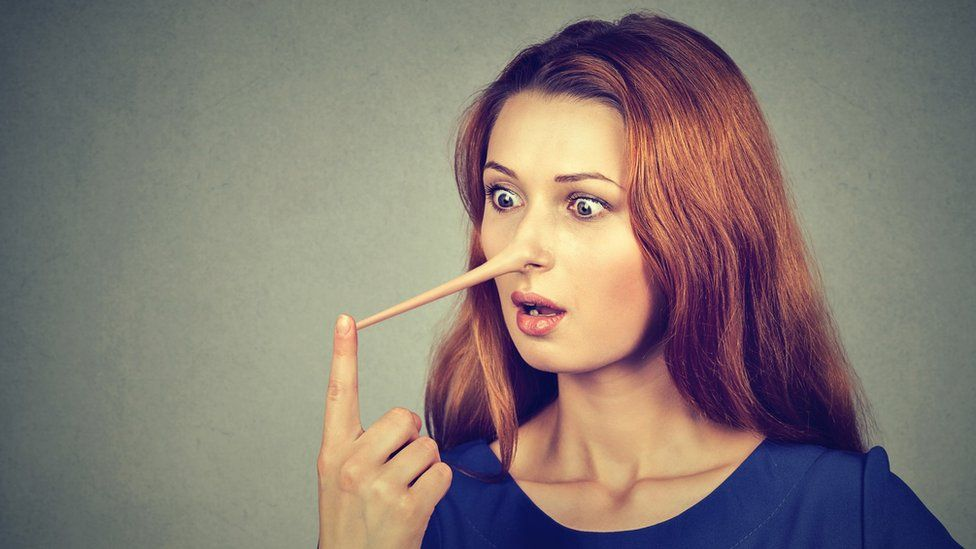 Cómo los mentirosos crean una ilusión de verdad y cómo evitar caer en su trampa