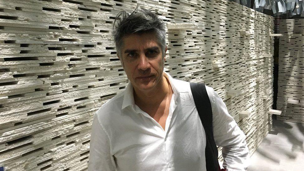 Curator Alejandro Aravena