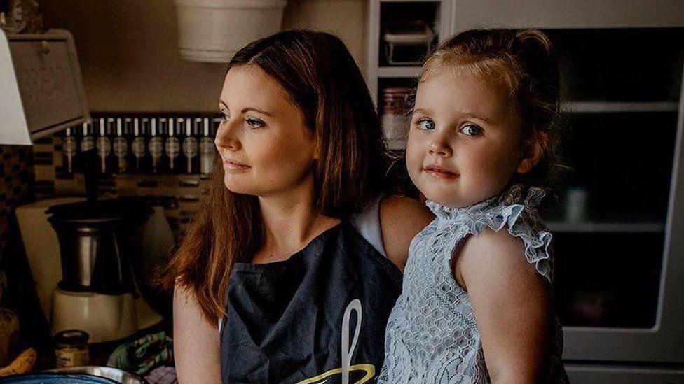 Joanna Gawecka and her daughter Emma