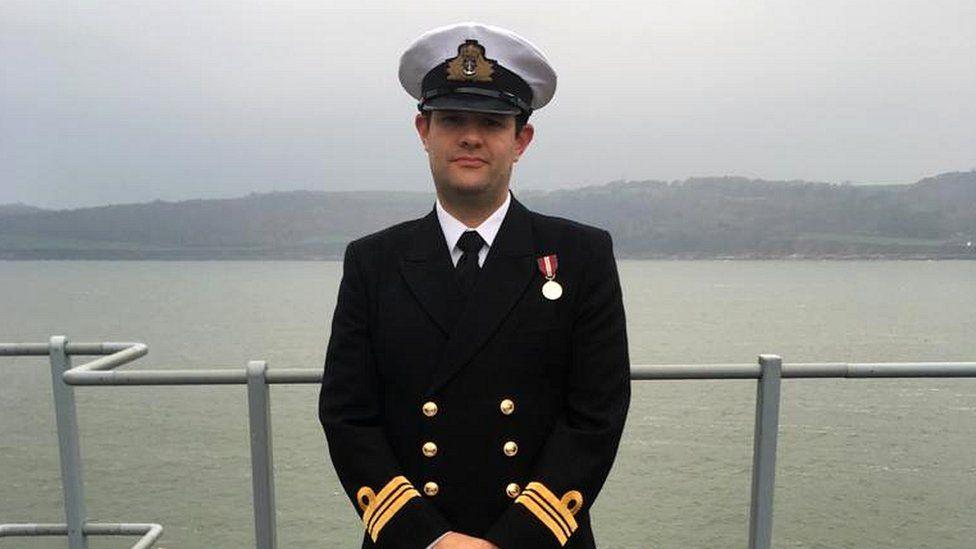 Lt Cdr Gordon Jones