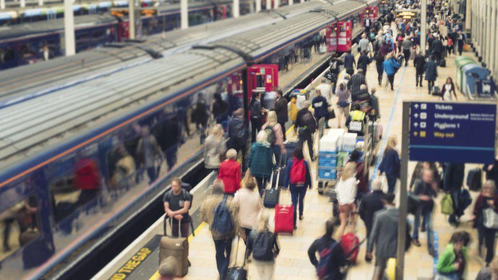 Paddington station: Commuter gets £27k for 'possible pigeon poo slip'