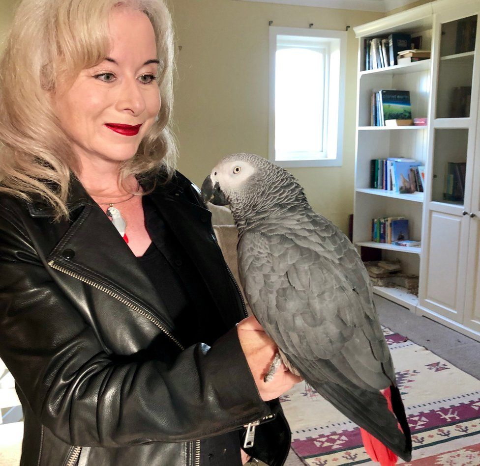 Elaine Henley with parrot