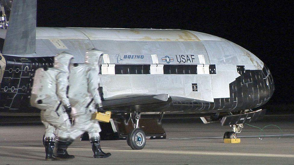 O que se sabe sobre a nova missão do X-37B, o misterioso avião orbital da Força Aérea dos EUA