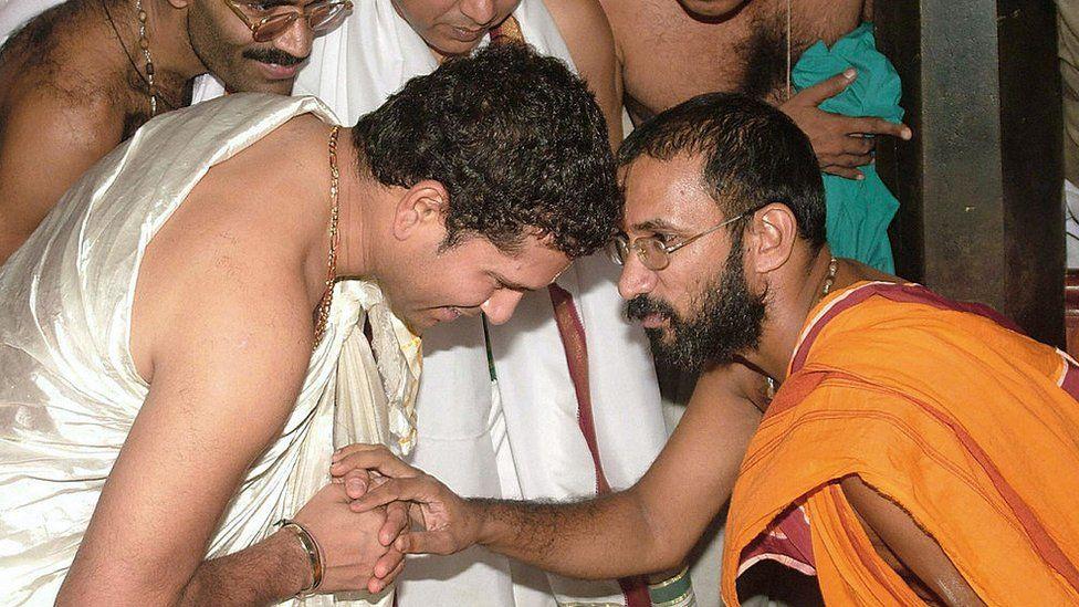 कुक्के सुब्रमण्या मंदिर में सचिन तेंदुलकर