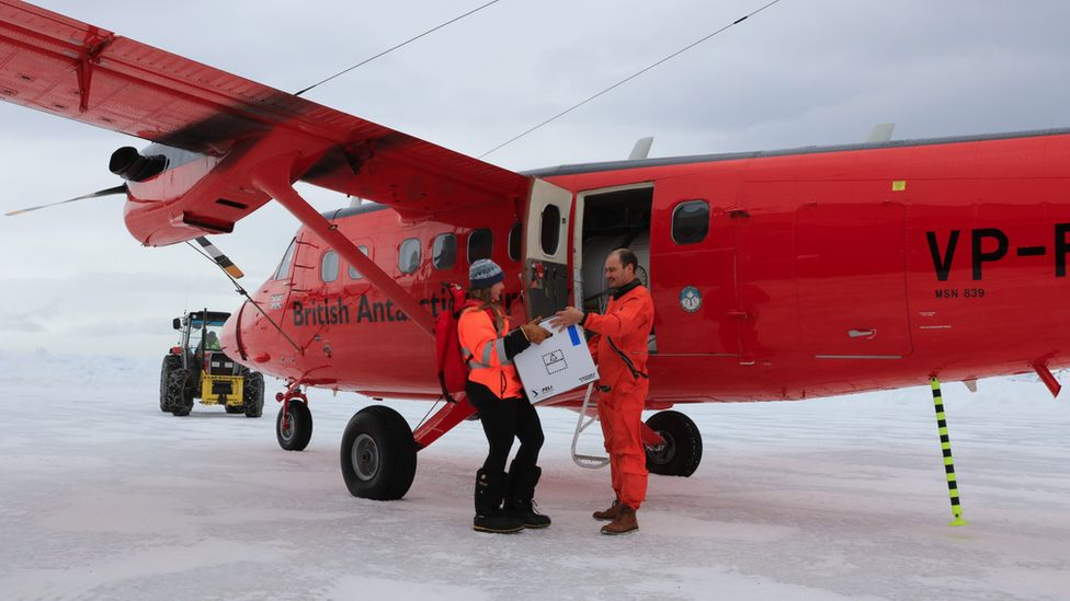 Vaccines arrive at Rothera