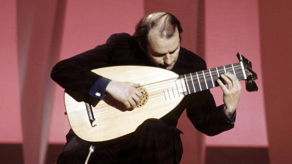 Julian Bream with a lute