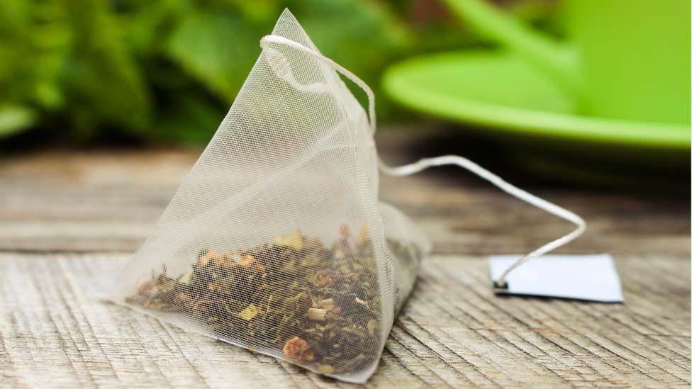 Microplastics: Premium teabags leak billions of particles - study