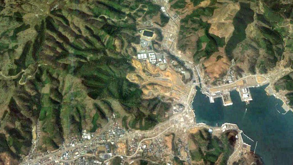 A satellite image of Onagawa shows an empty space where once there were homes and businesses (Photo: Google Earth)