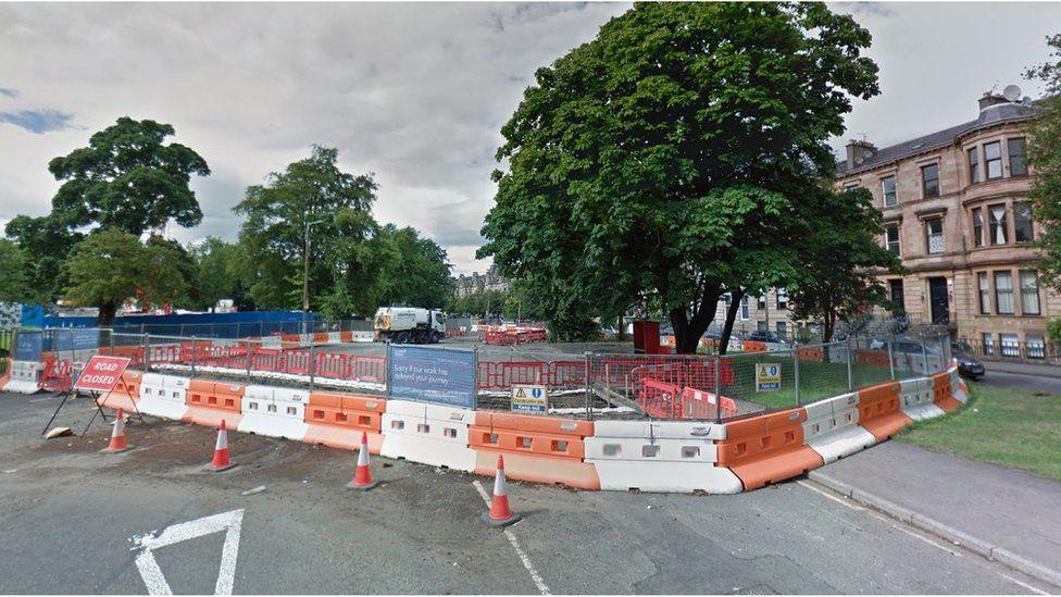 Queen's Drive/Langside Road works