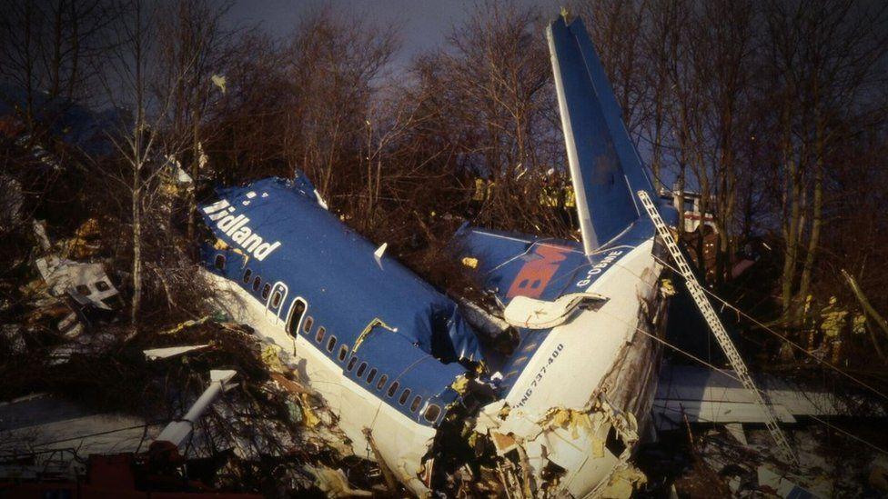 Kegworth air disaster wreckage