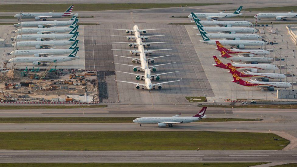 Cathay Dragon aircraft taxiing in Hong Kong