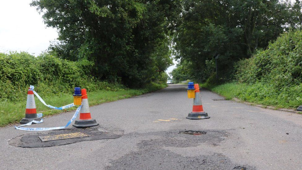 The road closure at Goose Lane bridge