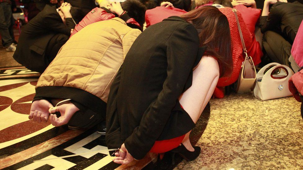 Sex workers and clients are rounded up in Dongguan