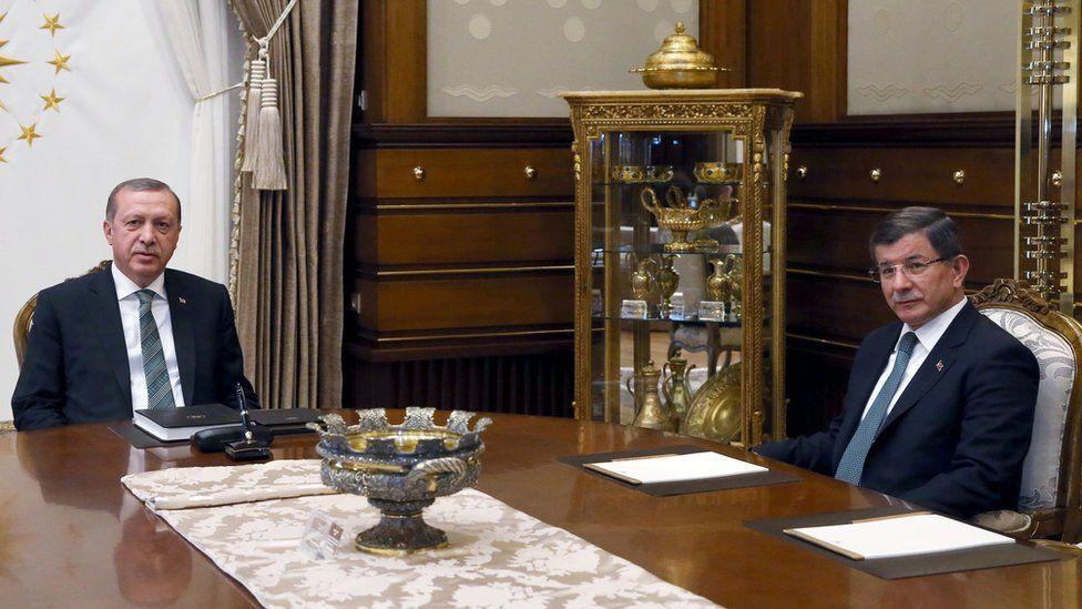 Turkish President Recep Tayyip Erdogan with Prime Minister Ahmet Davutoglu at crunch meeting in Ankara on 4 May 2016