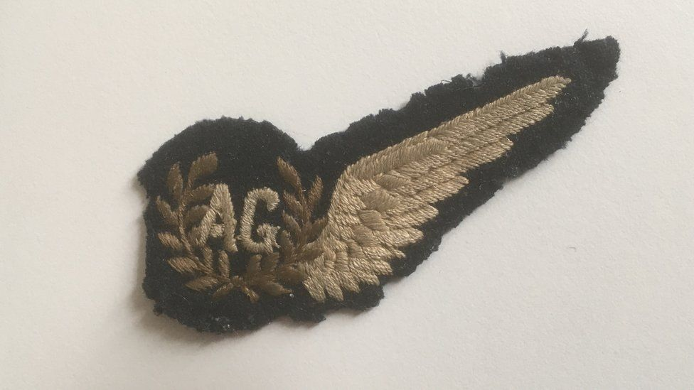 A picture of Sgt Griffiths' air gunner patch