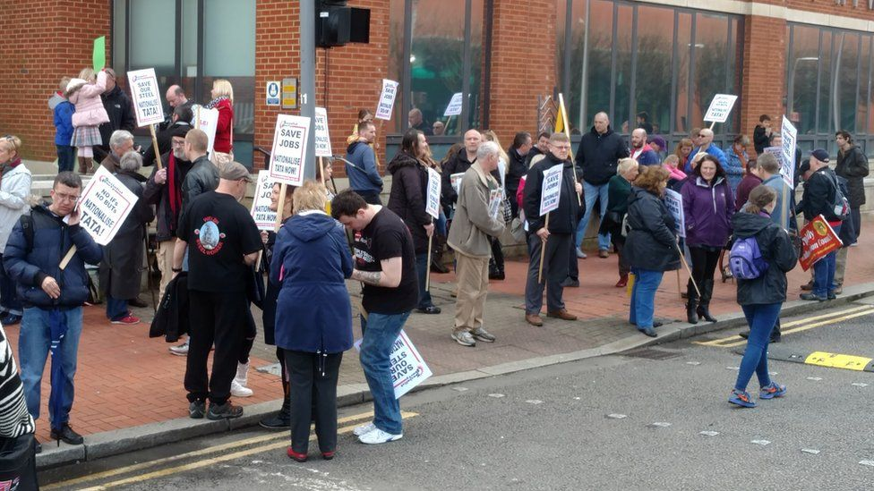 Steel protesters in Cardiff Bay