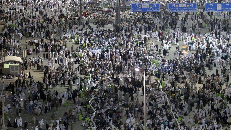 Muslim pilgrims start moving towards the Jamarat stations to symbolically stone the devil in Mina, Mecca - 25 September