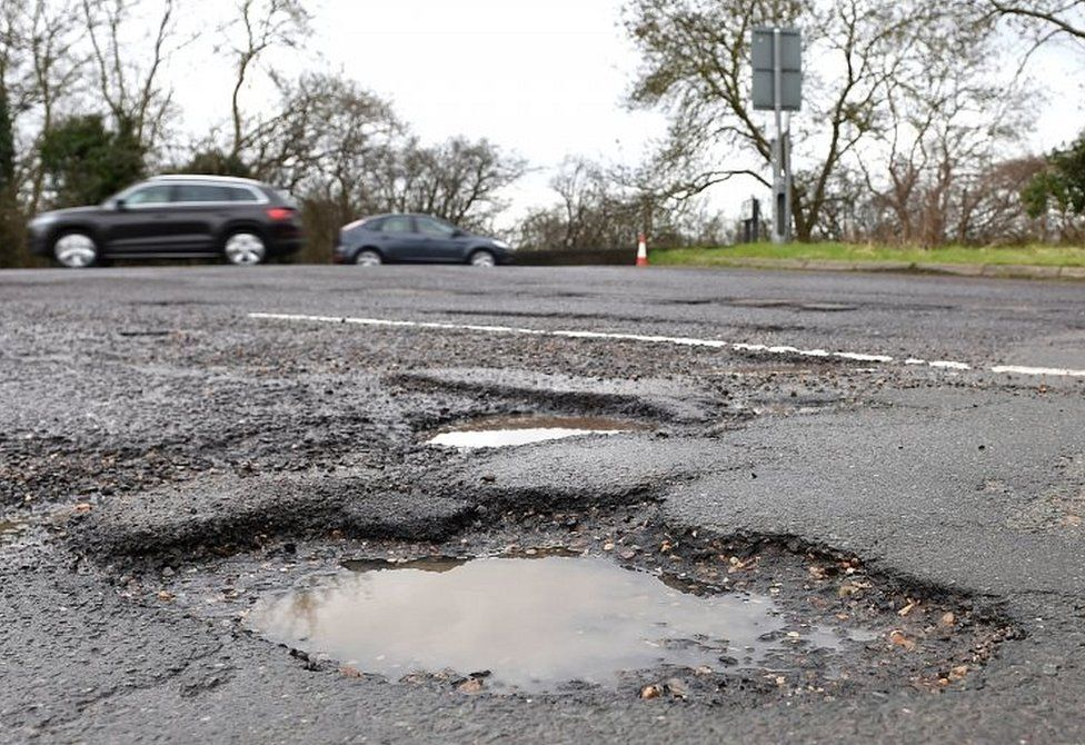 Reality Check: Is our pothole problem getting worse? - BBC News