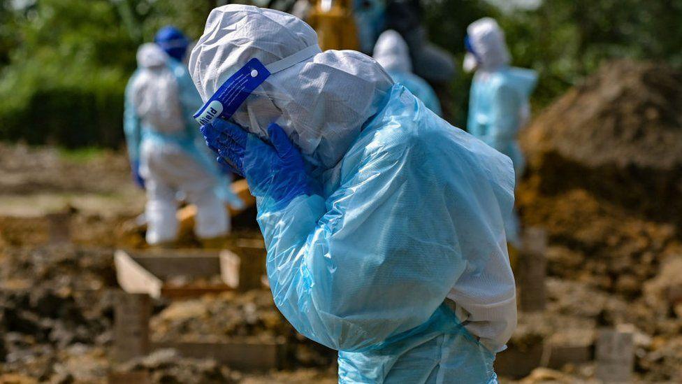 Anger as Covid-ravaged Malaysia lifts pandemic measures thumbnail