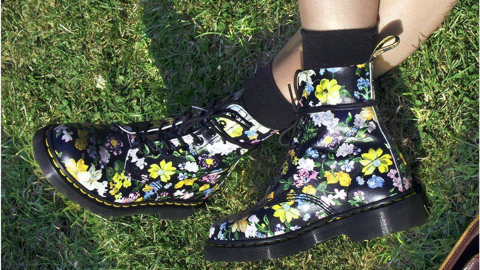 Floral print Dr Martens boots