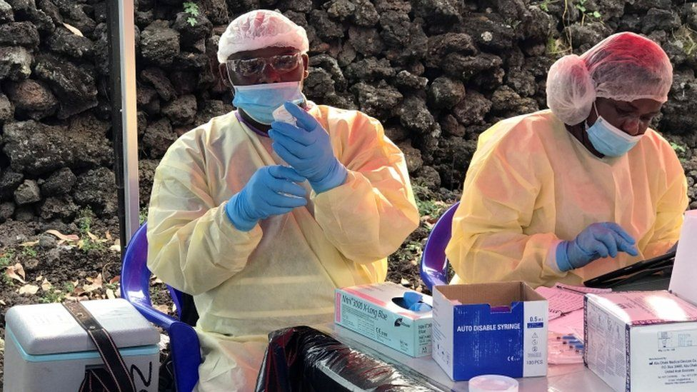 Congolese health workers prepare to administer Ebola vaccinations